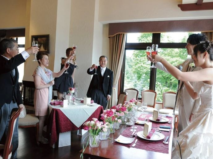 旭川で少人数の結婚式におすすめのブルーミントンヒル