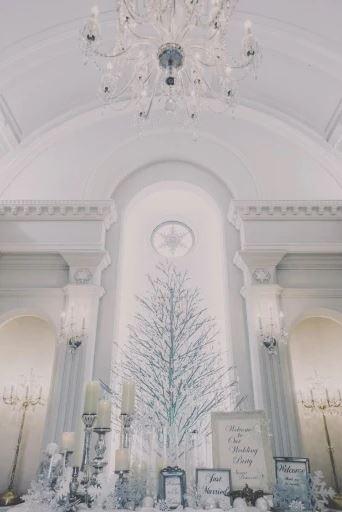 旭川・富良野で少人数の結婚式におすすめの雪の美術館の披露宴会場
