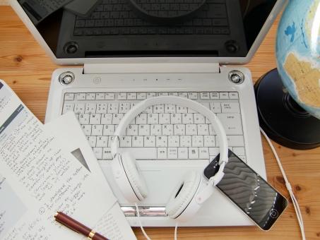 大学生の就職活動に役立つMOS(Microsoft Office Specialist)をパソコンの通信講座で受講