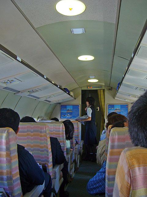 YS11の機内