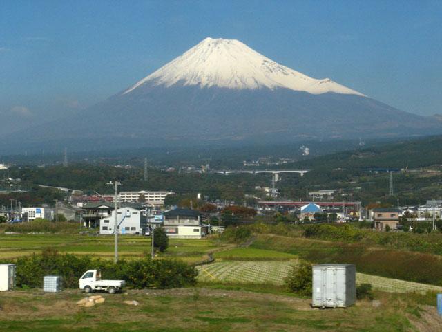 冠雪富士山(2)