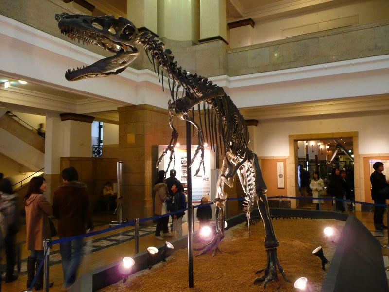 アロサウルス!