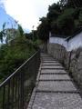 階段も続く