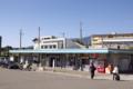 御代田駅は斜面の途中にある