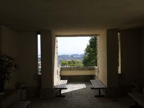 ヨドコウ迎賓館玄関テラス