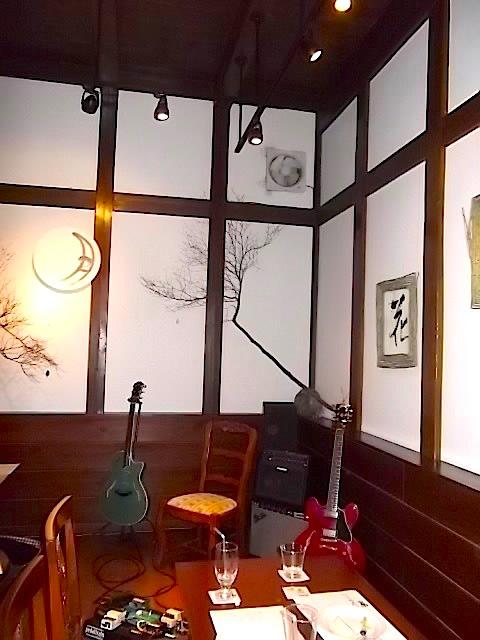 蔵のカフェ内部