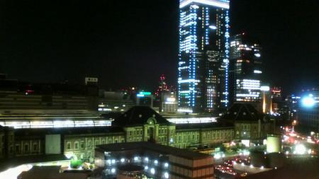 新丸ビルからみた東京駅