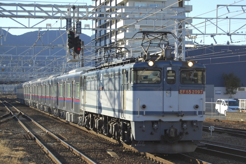 EF65 2097号機牽引K'sei3034F