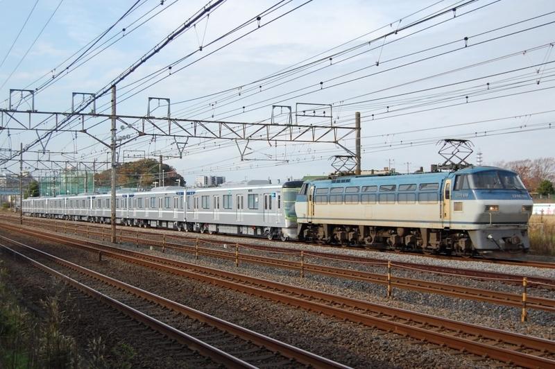 EF66 109号機牽引東京メトロ13127F