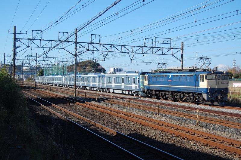 EF65 2074号機牽引東京メトロ13128F