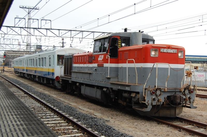 DE10 1749号機牽引関東鉄道キハ5021,5022