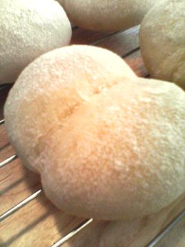 ふたごパン01