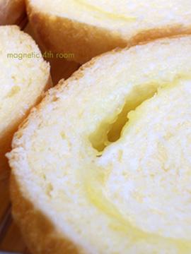 ラウンドチーズパン02