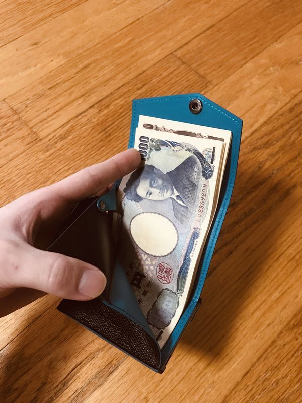 abrAsus アブラサス 小さい財布 お札