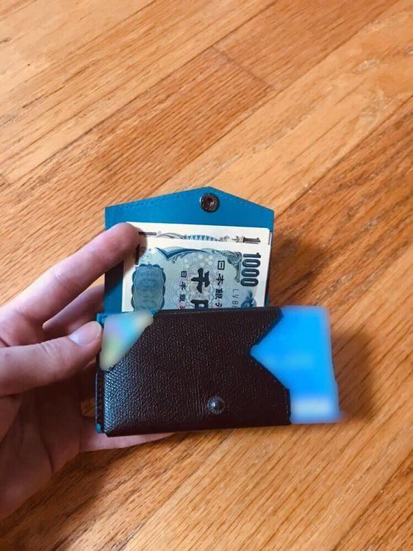 abrAsus アブラサス 小さい財布 カード