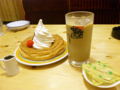 [食][コメダ珈琲店]シロノワールとアイスオーレ