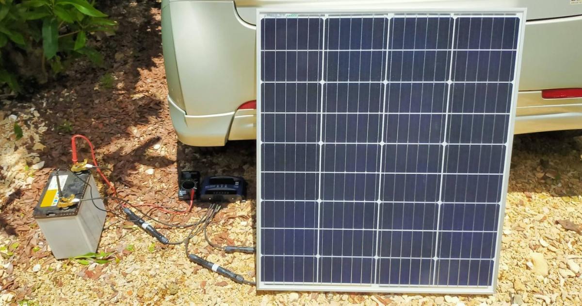 100Wソーラーパネルと40B19Lバッテリーで太陽光発電中