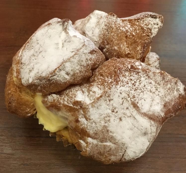 パン生地からあふれるカスタード! 関西で超人気クリームパン店創業者は「こだわりという言葉が嫌い」