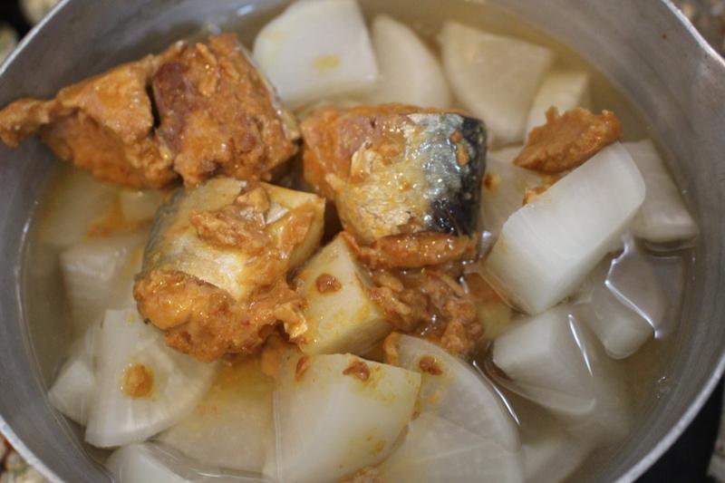 「サバ味噌缶」がなにかとポテンシャル高すぎる件【缶詰ライフハック】