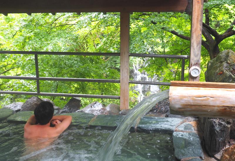 「味噌漬けの豚をケバブにしたら絶対うまいよな……」秩父温泉満願の湯にあるよ! 温泉も飲めるよ!