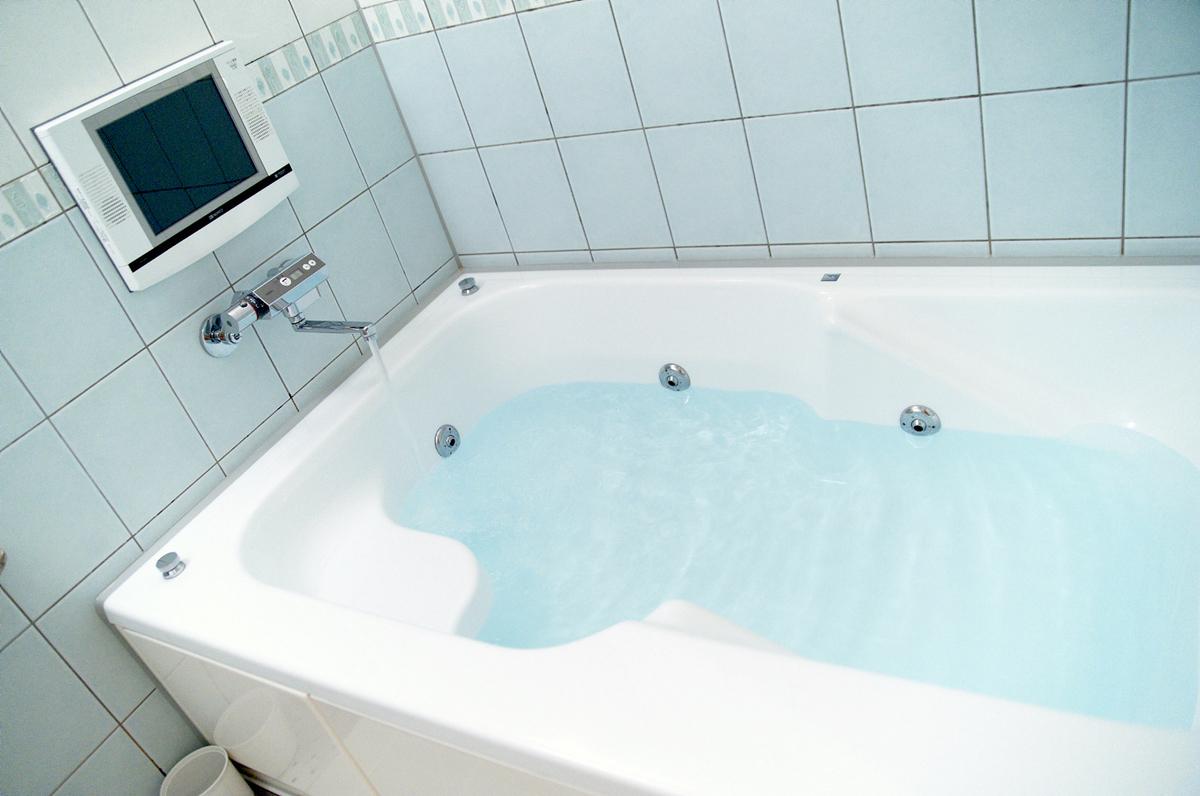 我が家では2日に1回、お風呂のお湯を張り替えていたのですが…