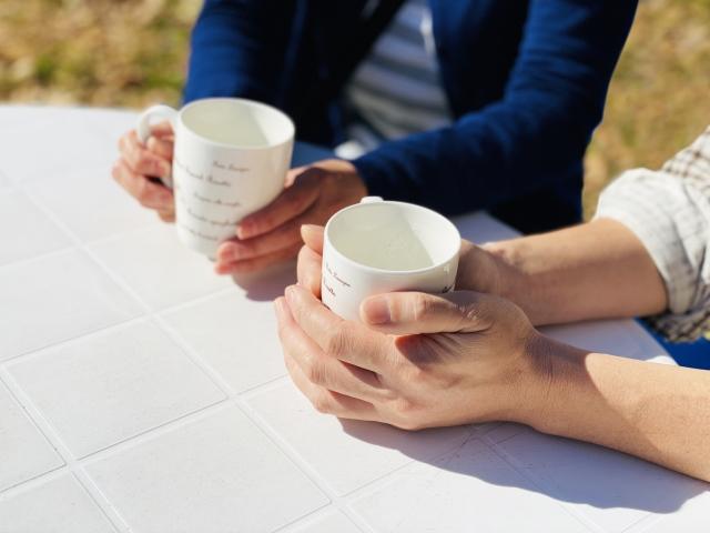 野外のテーブル