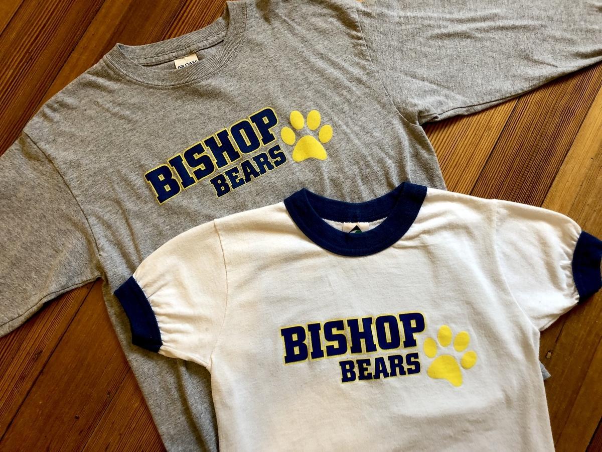小学校指定のTシャツ