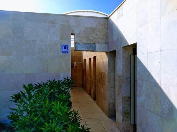 パムッカレ 遺跡プール 更衣室