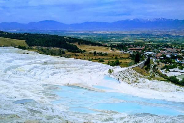 パムッカレ石灰棚の美しい絶景