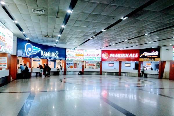 パムッカレ バスターミナル