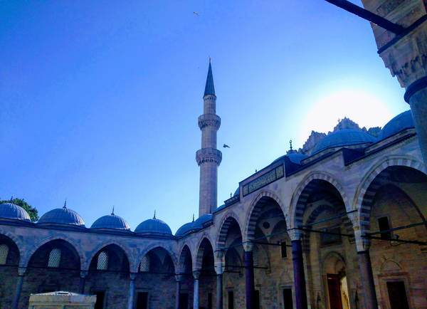 スレイマニエ・モスク