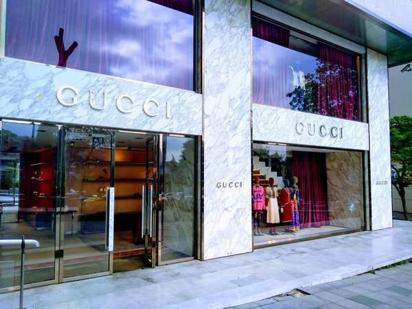 イスタンブール アブディ・イペクチ通り ショッピング