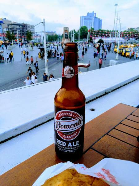 イスタンブール タクシム広場 グルメ