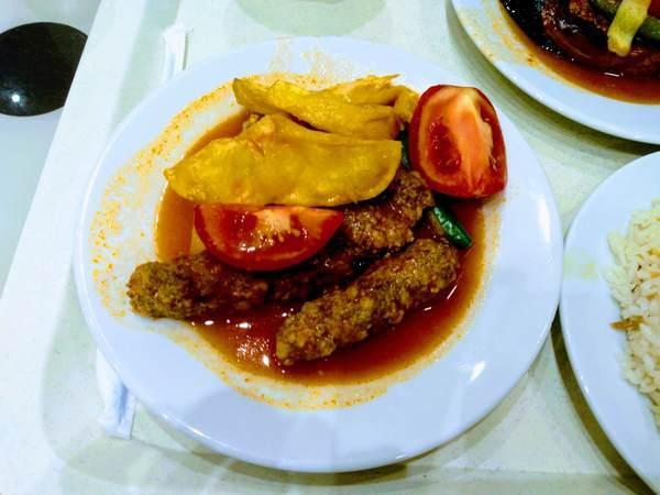 イズミル・キョフテ(Izmir Köfte)トルコ料理 グルメ