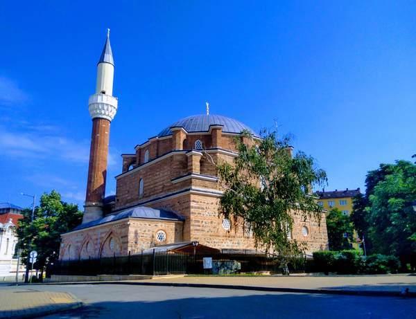 ブルガリア 観光 聖ネデリャ教会