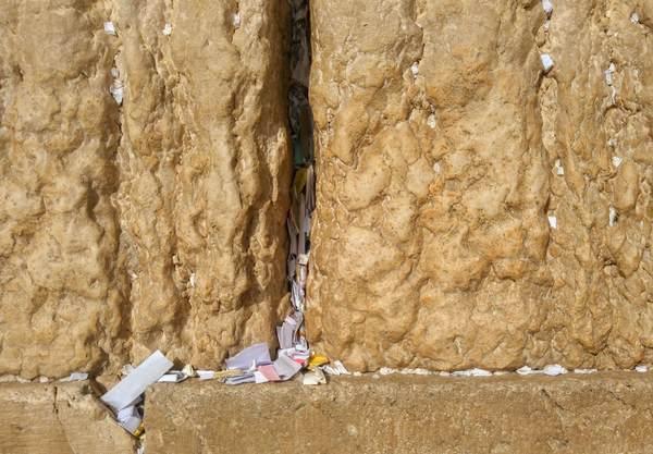 嘆きの壁の石(拡大)