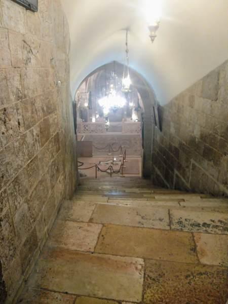 聖ヘレナ教会への入口