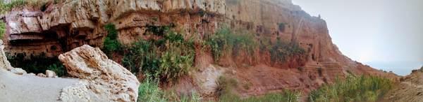 エン・ゲディ国立公園のパノラマ写真