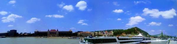 ドナウ川のパノラマ写真