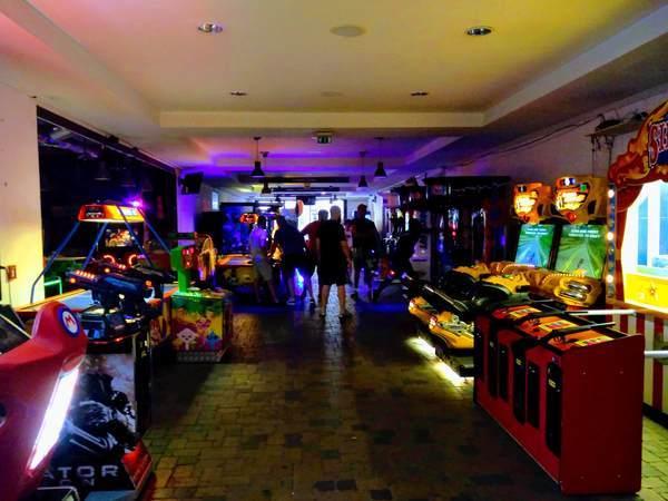 ブダペストのゲームセンター店内