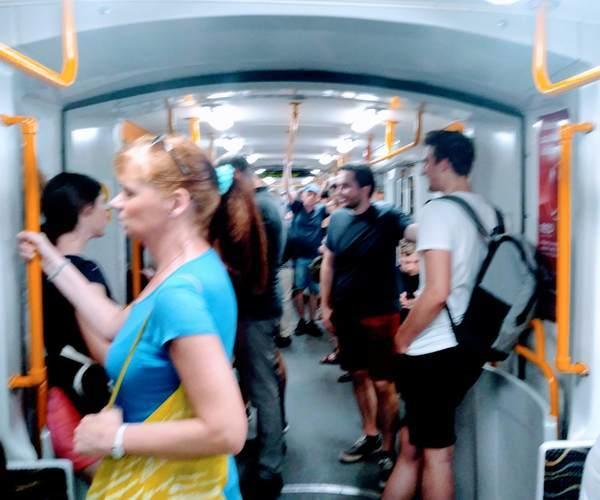 ブダペスト地下鉄の車内