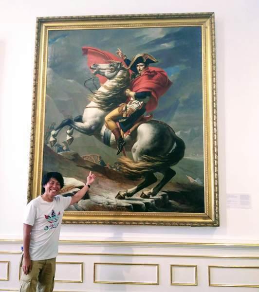 ナポレオンの肖像画と記念写真