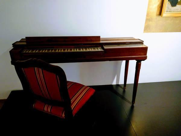 モーツァルトの生家にあるピアノ