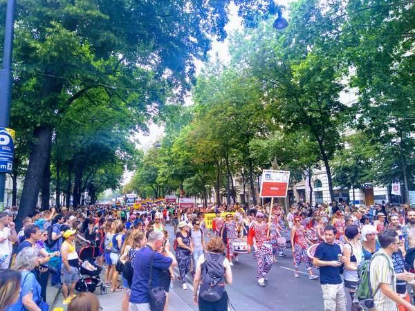 ユーロプライドのパレード