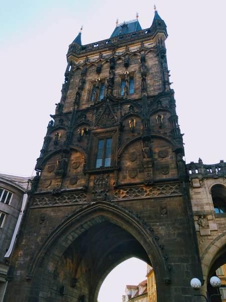 プラハの火薬塔(The Powder Tower)