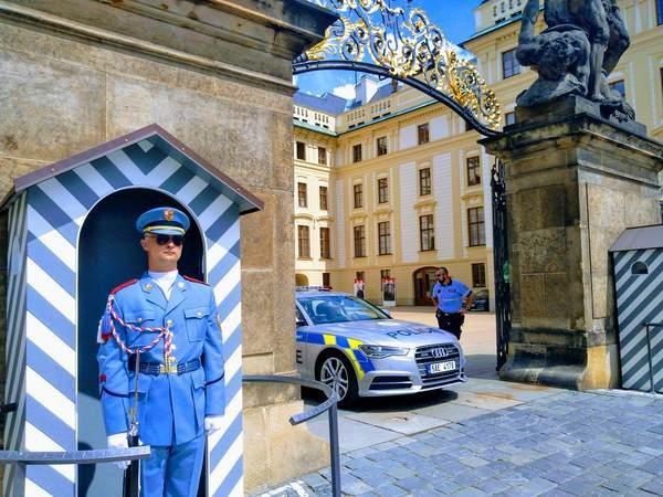 プラハ城の正門