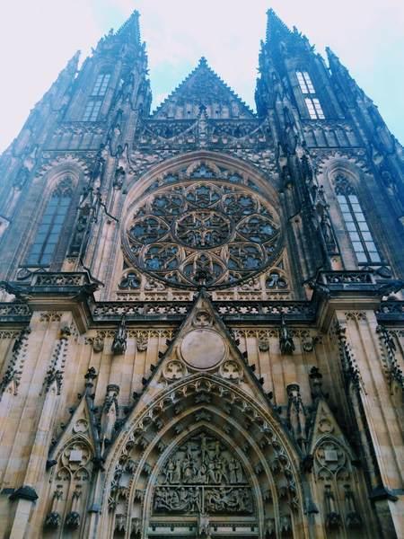 聖ヴィート大聖堂の外観