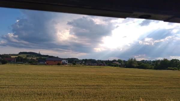 チェコの車窓から見た田園風景