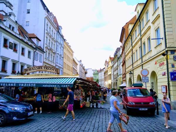 プラハのハヴェルスカー市場