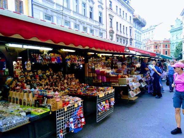 ハヴェルスカー市場の雰囲気